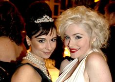 Best friend halloween costumes! Audrey + Marilyn! I'm in love with this! @Nicole Novembrino Novembrino Rajotte