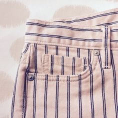 """Loft Pale Pink Double Striped Shorts Adorable and comfy Loft shorts in a pale pink denim material with navy blue double stripes. Front zipper and silver button closure. Size 4 but runs on the larger side & there is some stretch to the fabric. These shorts are in excellent used condition, only worn once! ▪️5 Pocket Design ▪️Belt Loops ▪️3"""" Inseam ✅Accepting All Reasonable Offers Via Offer Button No Trades LOFT Shorts Jean Shorts"""