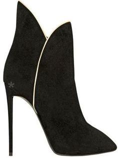 Emmy DE * Giuseppe Zanotti Suede Ankle Boots