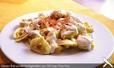 http://www.chefkoch.de/rezepte/1764171286289025/Feine-Paprika-Knoblauch-Tortellini.html
