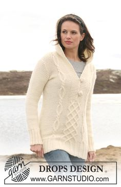 "Knitted DROPS Jumper with cables in ""Classic Alpaca"" and ""Kid-Silk"". Size S to XXXL. ~ DROPS Design"