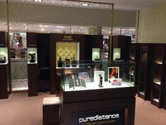 A2G Perfume & More has opened a new store in Vietnam with a beautiful Puredistance corner. #puredistance #perfume #hanoi #vietnam #beauty #luxury