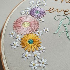 ― Caitlin Bensonさん( 「I hope everyone is enjoying their weekend so far! I been stitching like there's no tomorrow to…」 - Salvabrani Embroidery On Clothes, Hand Embroidery Patterns, Ribbon Embroidery, Floral Embroidery, Cross Stitch Embroidery, Cross Stitch Patterns, Bordado Floral, Lazy Daisy Stitch, Crochet Motif
