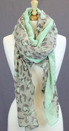 Beautiful leopard print mint color scarf fashion style, these would match my mint jeans for SPRING Estilo Fashion, Look Fashion, Fashion Beauty, Womens Fashion, Fashion Styles, Trendy Fashion, The Cardigans, Leopard Print Scarf, Cheetah Print