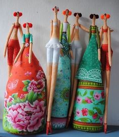 Dolls via artist http://odilebailloeul.typepad.com/blog/
