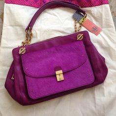 Tory Burch Handbags - Tory burch fuchsia calf hair hand bag