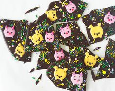 Gift Your Loved Ones Tsum Winnie the Pooh & Piglet Chocolate Bark