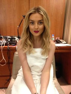 Perrie looks so pretty, more nature...