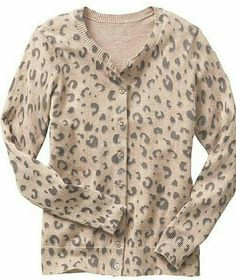 GAP Leopard Print Cardigan Mocha and grey print cardigan. 100% cotton. Straight silhouette with a relaxed, easy fit. Hits below the hips. Small & Medium available, please comment with which size you would like and I will make a separate listing for you. Thank you! GAP Sweaters Cardigans