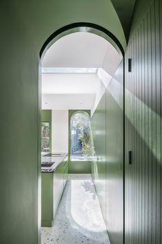 Gallery of White Rabbit House / Gundry & Ducker - 14