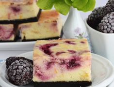 Cheesecake de ciocolata - cheesecake copt delicios - simonacallas Best Pastry Recipe, Pastry Recipes, Sweets Recipes, Snickers Cheesecake, Red Velvet Cheesecake, Oreo Mousse, Cake Decorating Piping, No Cook Desserts, Cupcakes