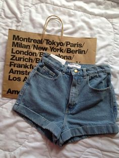 darcey | via Tumblr #barcelona #american #apparel #amsterdam #berlin #fashion #grunge