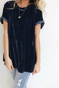 So my style: Midnight Blue Velvet Tee Rolled Short Sleeve Cuff Split Side Seams Loose Fit Model is + Wearing a S/M Looks Style, Looks Cool, Real Style, Look Fashion, Fashion Outfits, Fashion Advice, Street Fashion, Fall Fashion, Latest Fashion