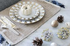 Style MBA holiday tablescape