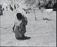 Aparajito, regia di Satyajit Ray (1956)