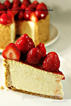 THE BEST, RICHEST, CREAMIEST, VANILLA CHEESECAKE RECIPE YOU WILL EVER TASTE!
