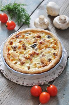 This impressive baked quiche will have you coming back for seconds. White wine with Dijon and Gruyere or Swiss brings complex flavor to the chicken and mushroom stuffed dish. Paleo Recipes, Low Carb Recipes, Real Food Recipes, Snack Recipes, Cooking Recipes, Quiches, Foods With Gluten, Vegan Foods, Grain Foods