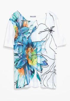 White Flowers Print T-Shirt
