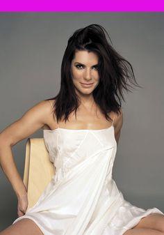 Happy birthday, Sandra Bullock (49), 26 July. http://birthdaysoffmag.blogspot.com.es/2013/07/sandra-bullock.html