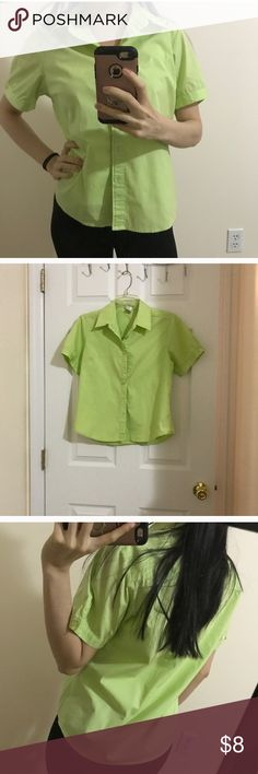 Green button down Perfect condition size M Tops Button Down Shirts