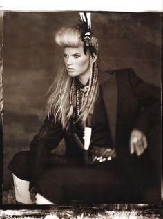 Neue Welten   Anne Vyalitsyna   Alexi Lubomirski #photography   Vogue Germany March 2010