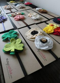 Flower Headbands: by Mayi Carles from Panama