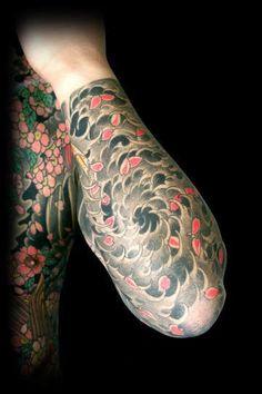 curtoisso.com-tattoo-oriental-Uzushio-(Corredeira-Final)