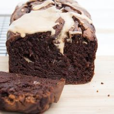 Banana bread is always a good use for overripe bananas. But this vegan Chocolate Peanut Butter Banana Bread is everything you've ever wanted! Vegan Dinner Recipes, Vegan Snacks, Vegan Desserts, Snack Recipes, Yummy Recipes, Healthy Snacks, Chocolate Peanuts, Vegan Chocolate, Chocolate Peanut Butter