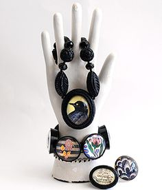 Love Hot Cakes Jewelry! I have that Raven necklace!