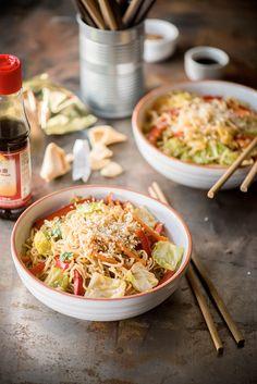 Kínai büfés kedvenc: pirított tészta, ami 30 perc alatt az asztalra kerül | NOSALTY