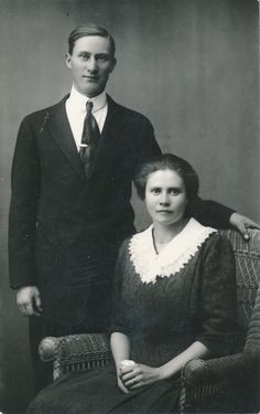 Mary Warnock and Husband 24 Dec 1915 - Photos and Stories — FamilySearch.org