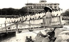 Filipina student nurses, Manila Hotel in background, Manila, Philippines, about 1930 Nursing Students, College Students, Class Pictures, University Of Southern California, Filipina, Pinoy, Manila, Nurses, Over The Years