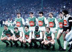 L'AS Saint-Etienne 1984-85 : debout (de g. à d.) : Oleksiak, E. Clavelloux, Primard, Gilles, Ferri et Castaneda (c.). Accroupis (de g. à d.) : Bellus, Daniel, Ribar, Milla et Peycelon.