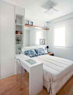 25 Small Bedroom Ideas That Are Look Stylishly & Space Saving Bedroom Decoration small bedroom decorating ideas Small Bedroom Decor, Room Design, Bedroom Decor, Small Guest Bedroom, Minimalist Bedroom, Simple Bedroom, Organization Bedroom, Home Bedroom, Space Saving Bedroom