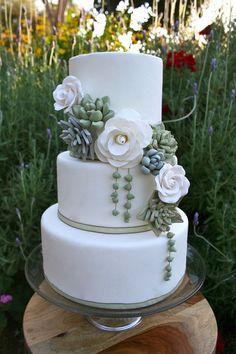 Succulent Wedding Cakes: A Hot Wedding Trend - Wedding - Cake-Kuchen-Gateau Succulent Wedding Cakes, Floral Wedding Cakes, Wedding Cake Designs, Wedding Cake Toppers, Cake Wedding, Succulent Cakes, Cactus Wedding, Garden Wedding Cakes, Wedding Card