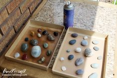 Polished Rocks with High Gloss Resin Spray DIY - Resin Crafts Beach Rocks Crafts, Rock Crafts, Crafts To Do, How To Polish Rocks, How To Make Rocks, Stone Pictures Pebble Art, Stone Art, Resin Spray, Rock And Pebbles