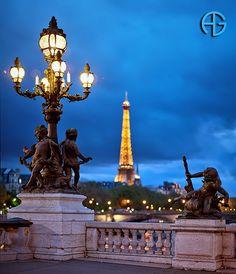 Tour Eiffel & Alexander III Bridge, Paris, France - so beautiful!