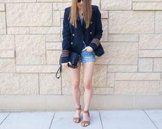 #minimalstyle #womensfashion #fashion #summerfashion #denimshorts #blazer #blazerandshorts #aeostyle