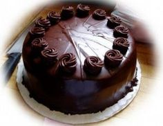Are you in search of top-quality and affordable Enticing Dark Chocolate Truffle Cake online? Go for an exciting Enticing Dark Chocolate Truffle Cake online shopping experience only at FlowerzNCakez. Eggless Chocolate Cake, Chocolate Truffle Cake, Dark Chocolate Cakes, Chocolate Sponge, Chocolate Filling, Delicious Chocolate, Buy Cake, Cake Shop, Food Cakes