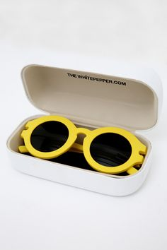 Obsessed with these sunny shades from The Whitepepper.