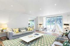 Ladbroke Grove - Green living room