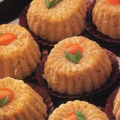 Food recipes that may be helpful and to make your idea. Traditional Cakes, Snack Box, Cakes For Boys, I Foods, Bread Recipes, Cupcake, Oven, Food And Drink, Healthy Recipes