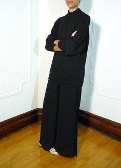 Black knit oversize sweater + slik chiffon wide leg pants | etsy.com/shop/tokenmtl #vintage #etsy #montreal #mtl #tokenmtl #wideleg #black #trousers
