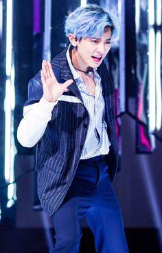 Damn that hair though! Chanbaek, Kaisoo, Sehun Oh, Chanyeol Baekhyun, Exo Ot9, Kpop Exo, Kris Wu, K Pop, The Blue Boy