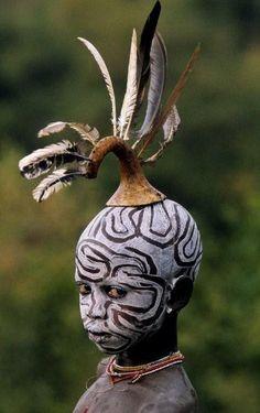 Omo valley body art
