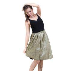 Pretty! #gold #skirt #midi #fashion