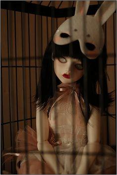 BJD - ND Belladonna.  Beautiful doll, wonderfully creepy photoshoot.