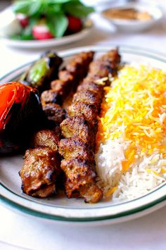 "Raffi's Place, Glendale. You gotta get the tadig, koobideh, and ""Yogurt and Mousir"". Kabob Recipes, Easy Pasta Recipes, Turkey Recipes, Appetizer Recipes, Iranian Dishes, Iranian Cuisine, Persian Kabob Recipe, Persian Recipes, Lebanon Food"