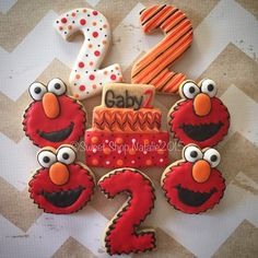 2nd part of a three girl birthday party. Elmo cookies. #customsugarcookies #decoratedsugarcookies #royalicing #elmo #birthday #favors thanks @ljmccaskill #sweetshopnatalie