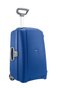 This vivid blue suitcase will make the perfect gift for him. Price:£189.00. Buy it today at  http://www.luggage-uk.co.uk/samsonite-aeris-spinner-75cm-vivid-blue/p1028